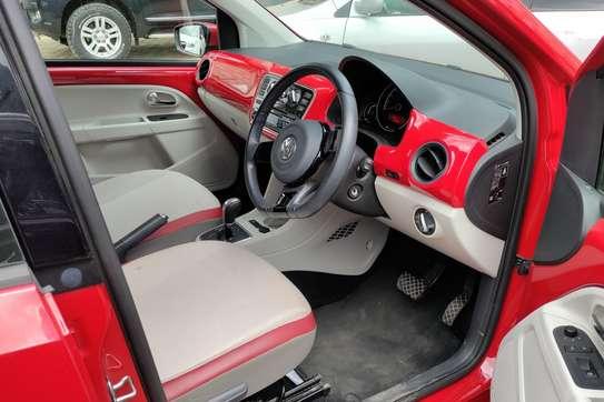 Volkswagen Up image 8
