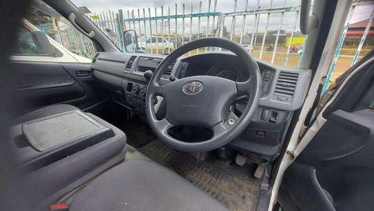 Toyota HiAce image 5