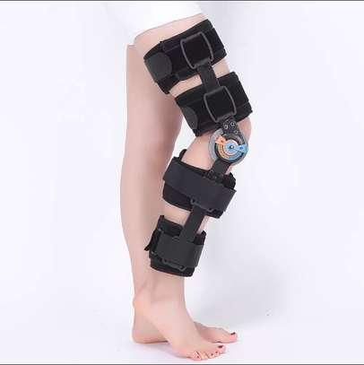 Knee brace image 4