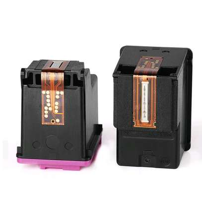 122 inkjet cartridge black and coloured refills CH562HE image 2