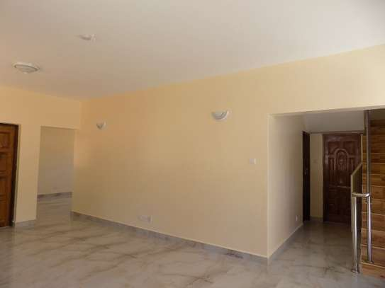3 bedroom house for rent in Nyali Area image 3
