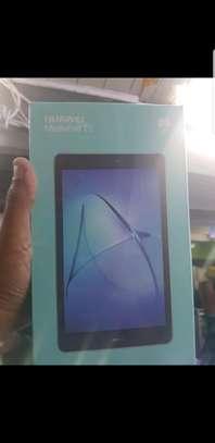 huawei tablet t3 image 1