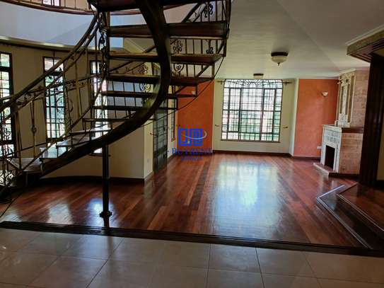 4 bedroom house for rent in Gigiri image 6