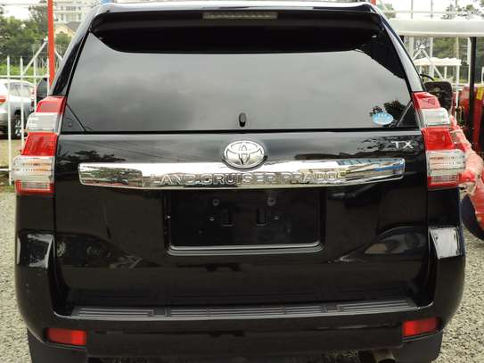 Toyota Prado 2014 with Sunroof and Leather seats image 3