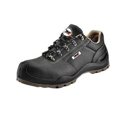 Yamato Low Cut Safety Shoes image 1