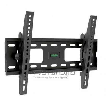 44t Tilting wall mount bracket 23 to 60 screen image 1