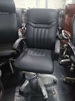 Executive high back office seat image 11