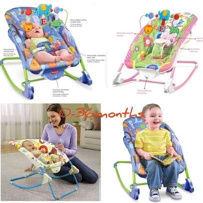 baby/newborn essentials/playpen/Rocker/Free Playmat image 3