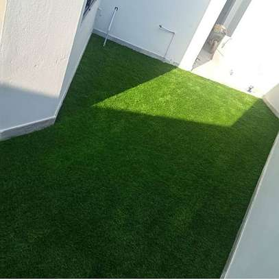 artificial grass carpet to withstand all weather condition image 11