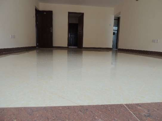 2 bedroom apartment for rent in Ruaka image 3