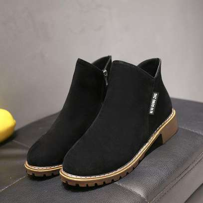 Ladiea ankle boots