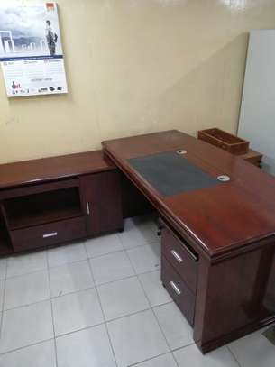 Executive office desk image 8