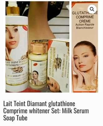 Glutathione Skin lightening Lait Teint Diamant glutathione milk lotion Super whitener Set: Milk 500ml, Plus Serum, Plus Soap  Set of 3Pcs with kojic Acid,Arbutin and Vit C
