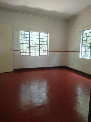 3 bedroom house for rent in Mombasa Road image 4