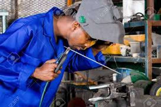 Installation and Servicing of Generators, Electrical Power Accessories Supplier & Electrical Gadgets Repair image 4