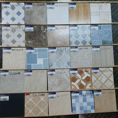 Floor tiles size 300*300mm (17pieces) image 2