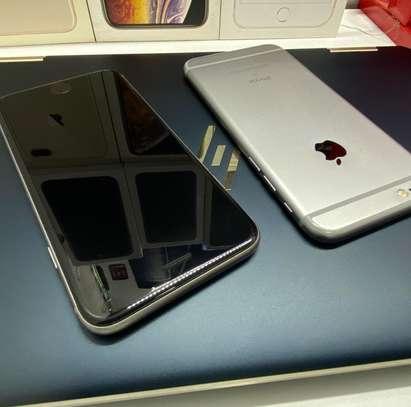 Apple iPhone 6s 64GB image 2