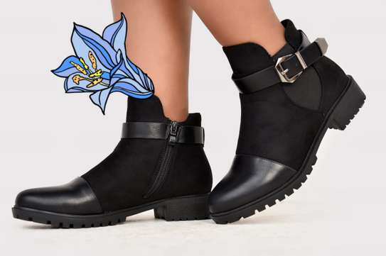 High quality ankle boot image 1