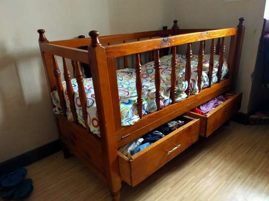Kids baby cot image 1