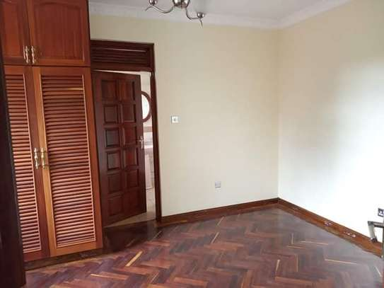 MODERN SPACIOUS 3 BEDROOM HOUSE READY FOR OCCUPATION IN KAHAWA SUKARI OWN-COMPOUND. image 4