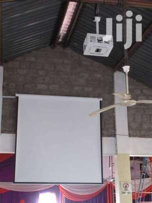 Electric 96' x 96' Projection screen image 1