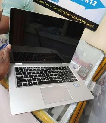 Laptop HP EliteBook X360 1030 8GB Intel Core i9 SSD 512GB image 2