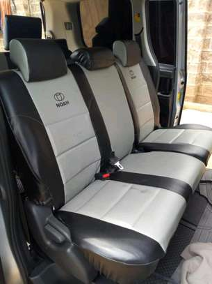 Comfortable car seat covers image 4
