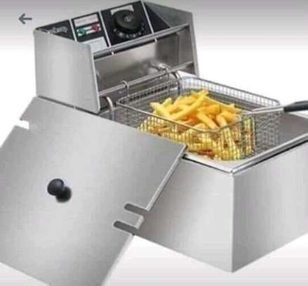 6 litre deep fryer image 1