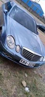 Mercedes-Benz E320 KBQ Auto Petrol. Clean! image 3