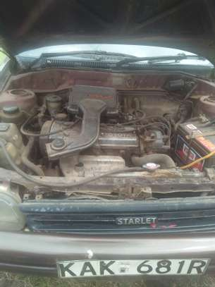 Toyota Starlet image 3