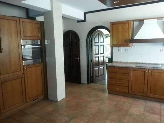 4 bedroom house for rent in Riverside image 8