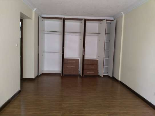 3 bedroom apartment for rent in Kyuna image 10
