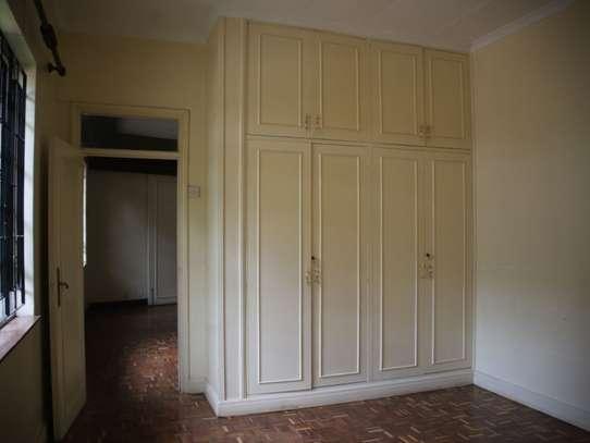 Lavington - Bungalow, House image 10