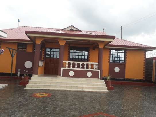 3 Bedroom Houseown compound plus SQ For Rent ,PIPELINE