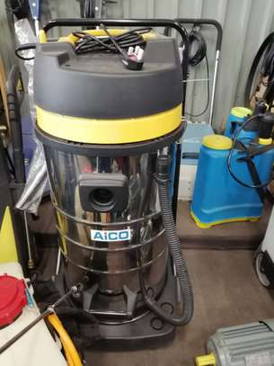 Wet and dry vacuum cleaner image 2