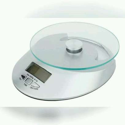 Kitchen scale image 2