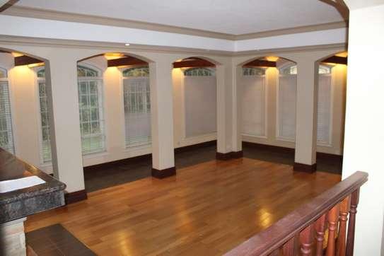 4 bedroom villa for rent in Kitisuru image 4