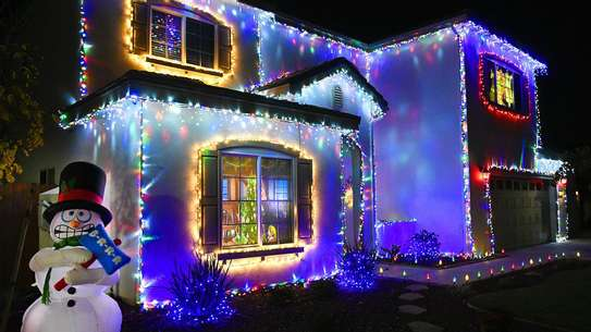 Quality decorative outdoor string lighting 10 meters image 1