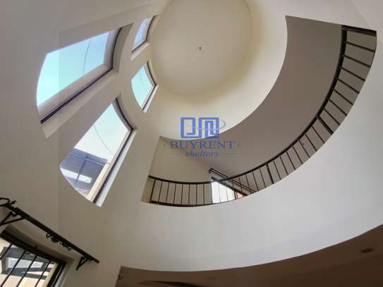 5 bedroom house for rent in Spring Valley image 15