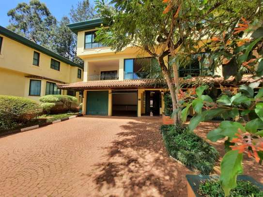 Furnished 3 bedroom townhouse for rent in Brookside image 9