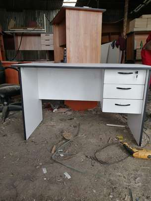 Secretarial home and office study tables image 3