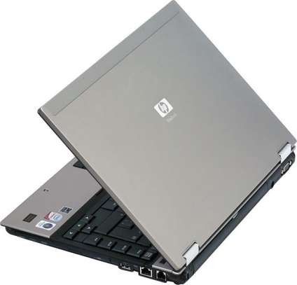 Laptop Hp 6930 Core 2duo 2gb 160hdd with bag