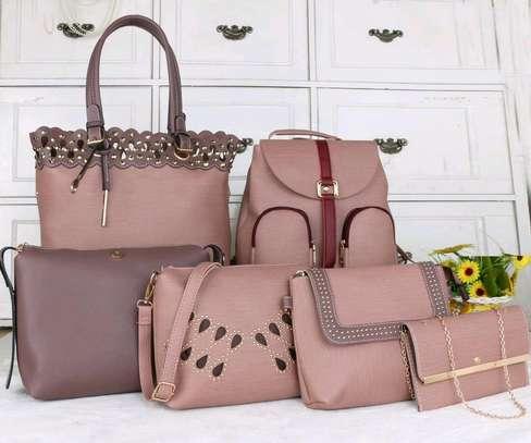 6in1 handbag image 3