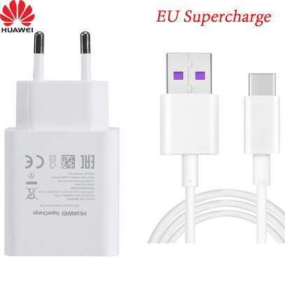 Huawei  9V/2A Fast Charge Adapter Type C USB Cable image 3