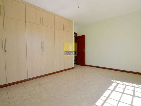 Parklands - Flat & Apartment image 10