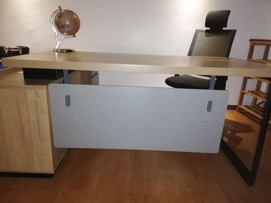 Fashionable Lshaped office desk image 1