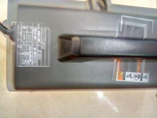 Kzubr Inverter Welding Machine 250A image 2