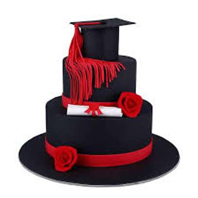 cakes for graduations image 1