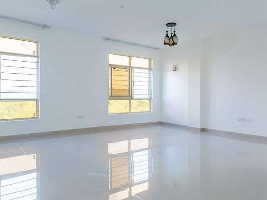 3 bedroom apartment for rent in Ruaka image 2