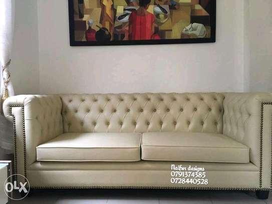 Tufted sofas/three seater sofas image 1